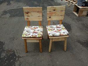 Pallet Chairs Idea