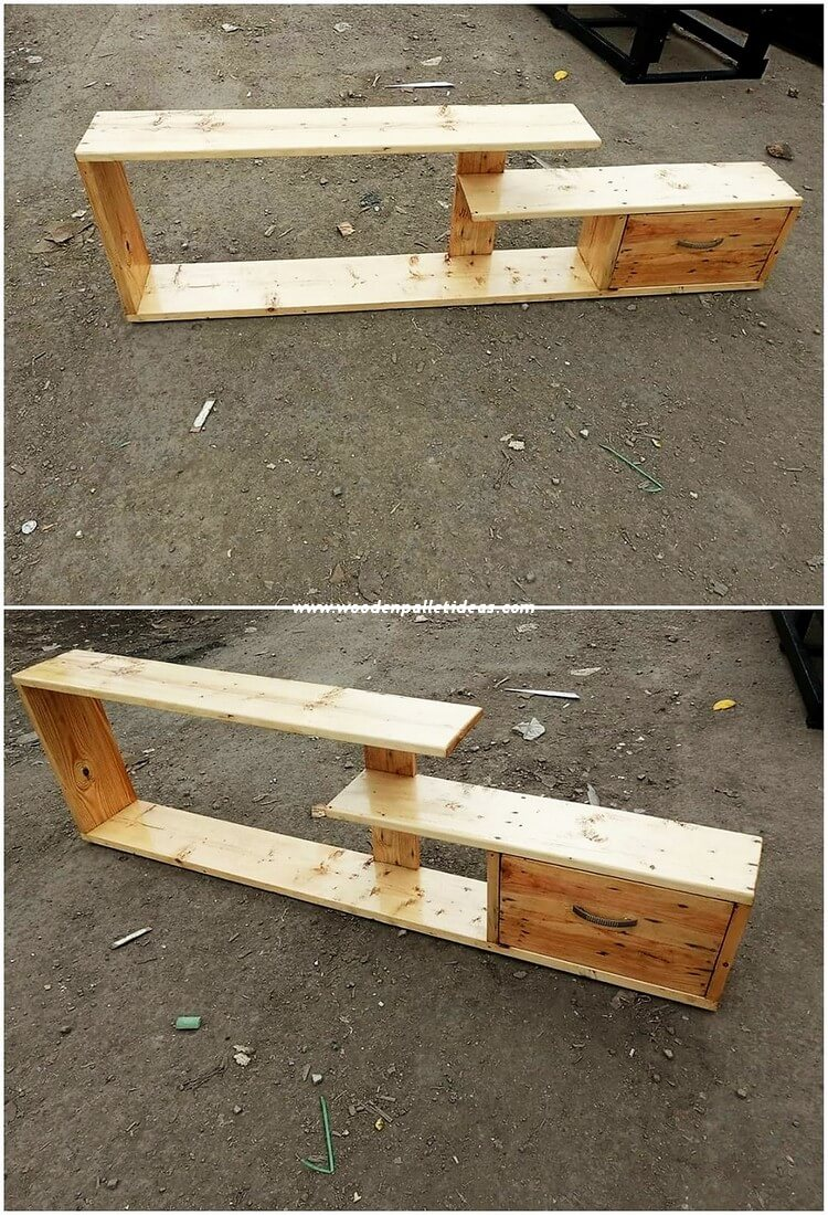 Pallet TV Stand with Drawer