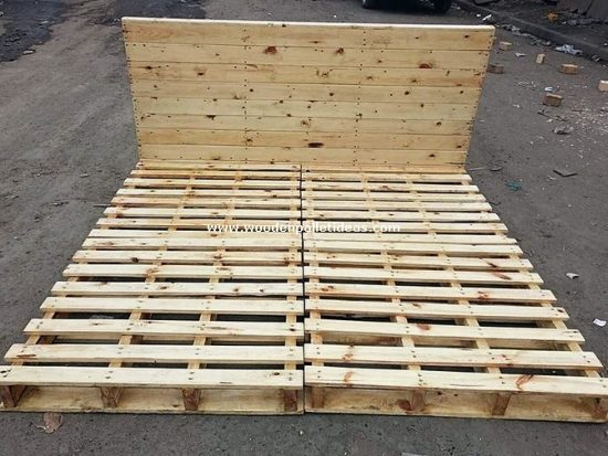 DIY Wooden Pallet Bed Frame Idea