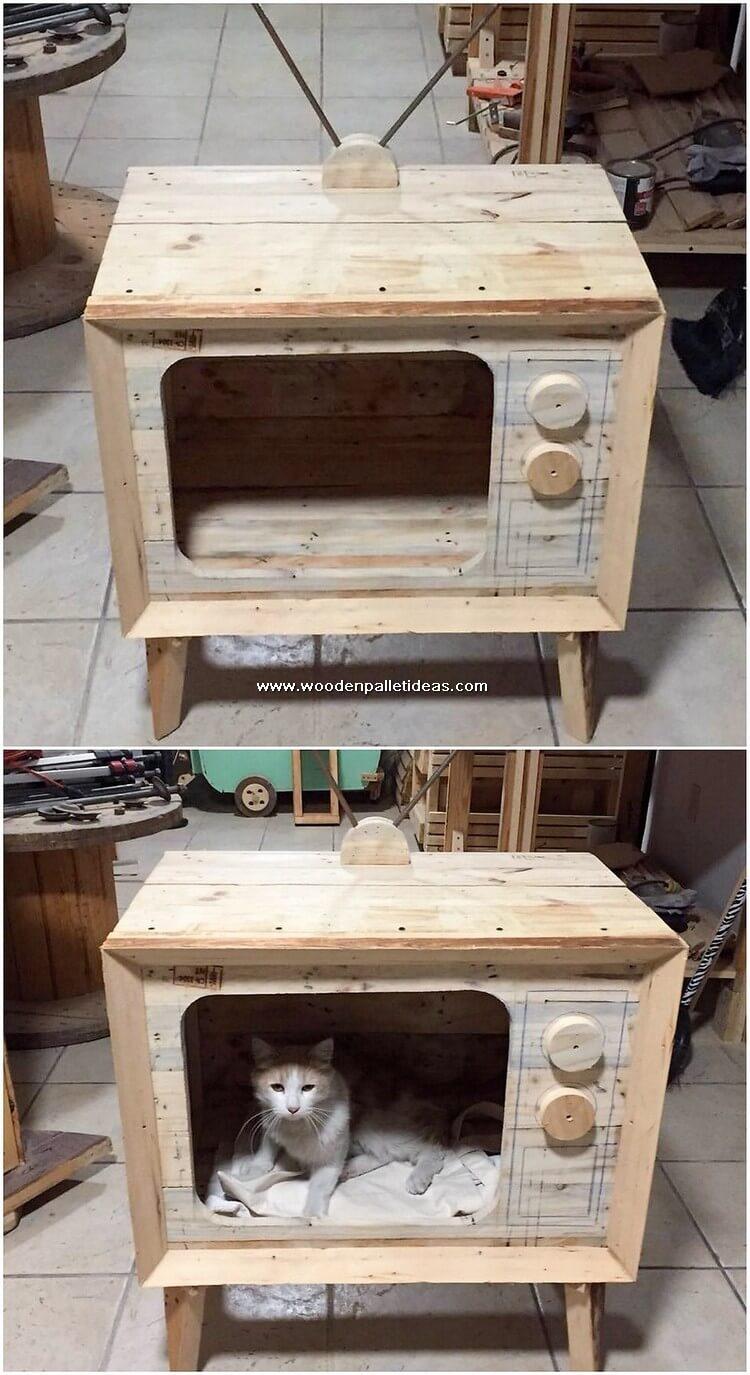Palle TV Shape Cat House