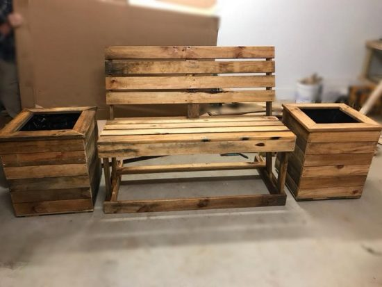 Motivational Wooden Pallets Repurposing Ideas