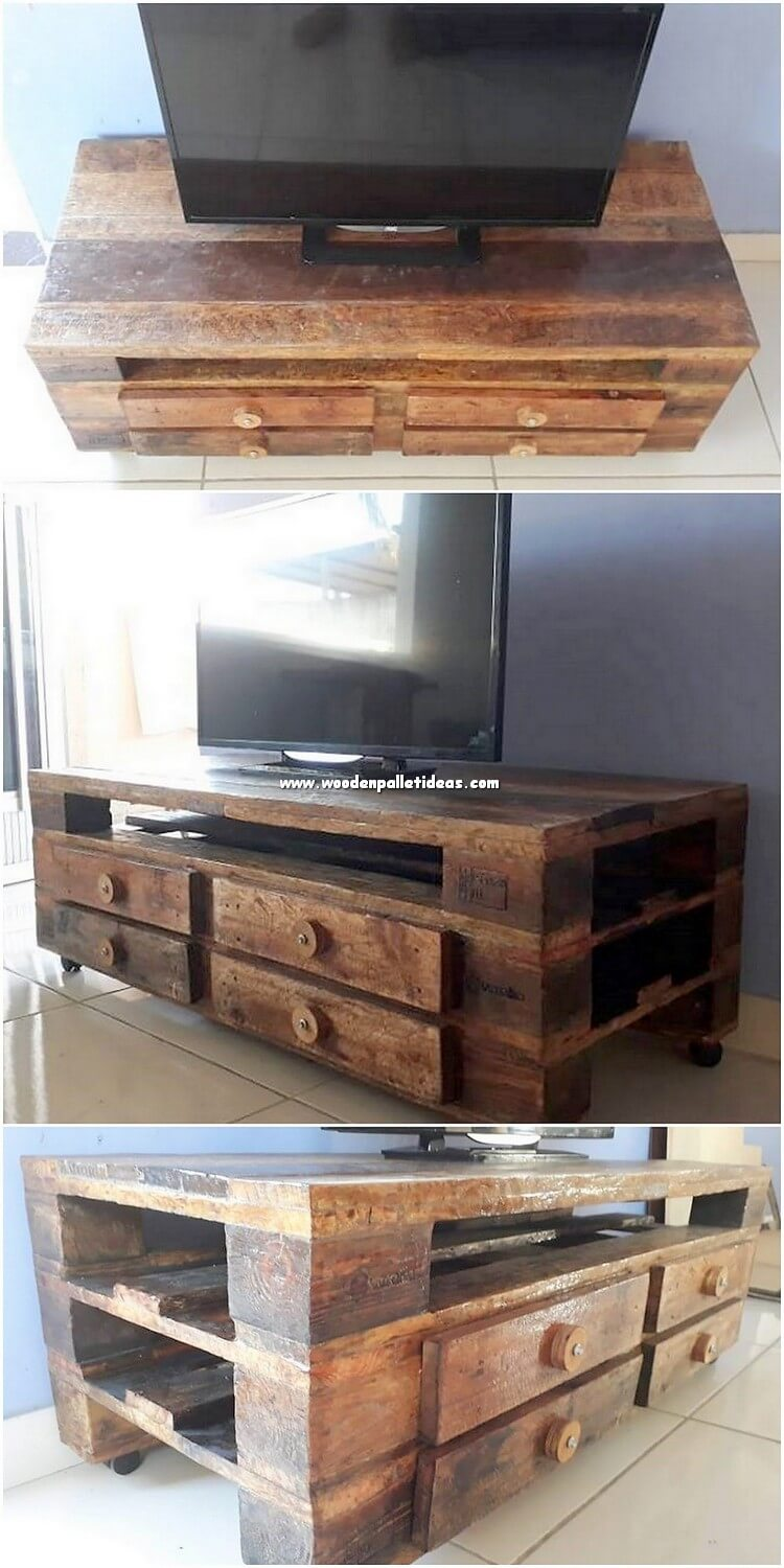 Pallet TV Stand Media Table
