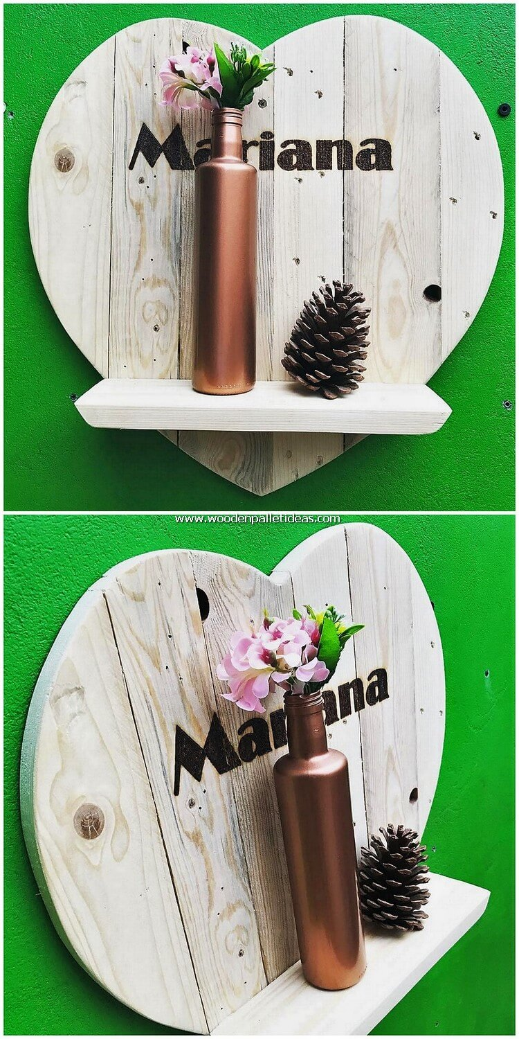 Heart Shape Pallet Wall Shelf