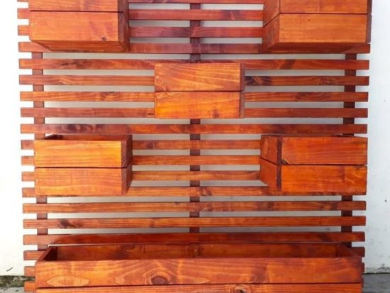 Clever DIY Pallet Ideas For Your Living Space