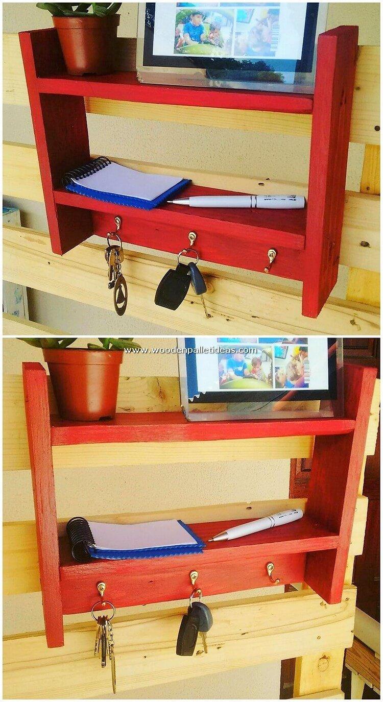 Pallet-Shelf-with-Key-Rack